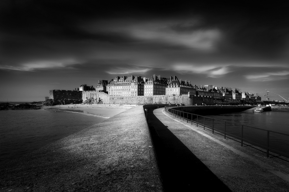 Light on Saint-Malo