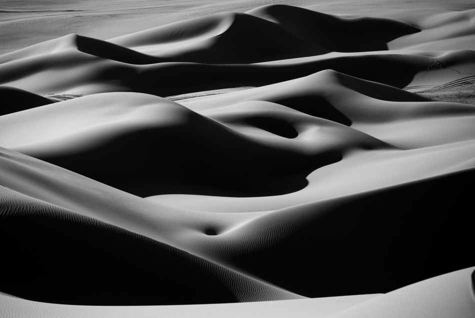 A piece of fine art art photography titled Desert Curves by Ivan Slosar
