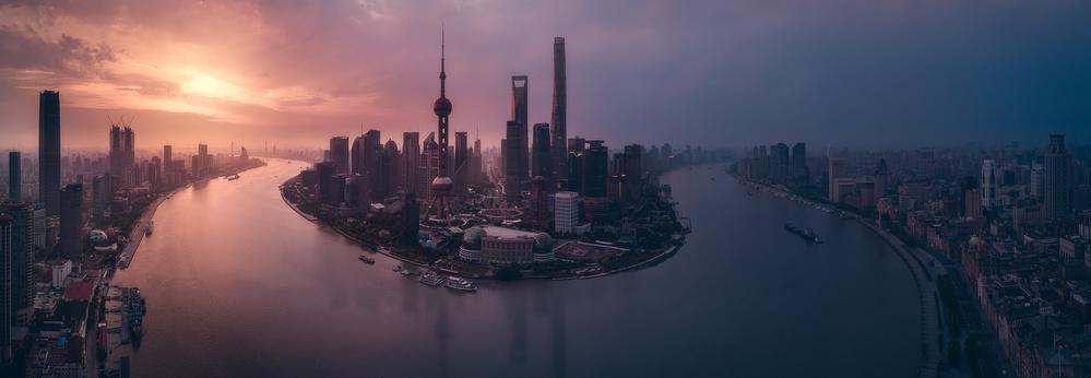 A piece of fine art art photography titled Flying Shanghai by Javier de la Torre
