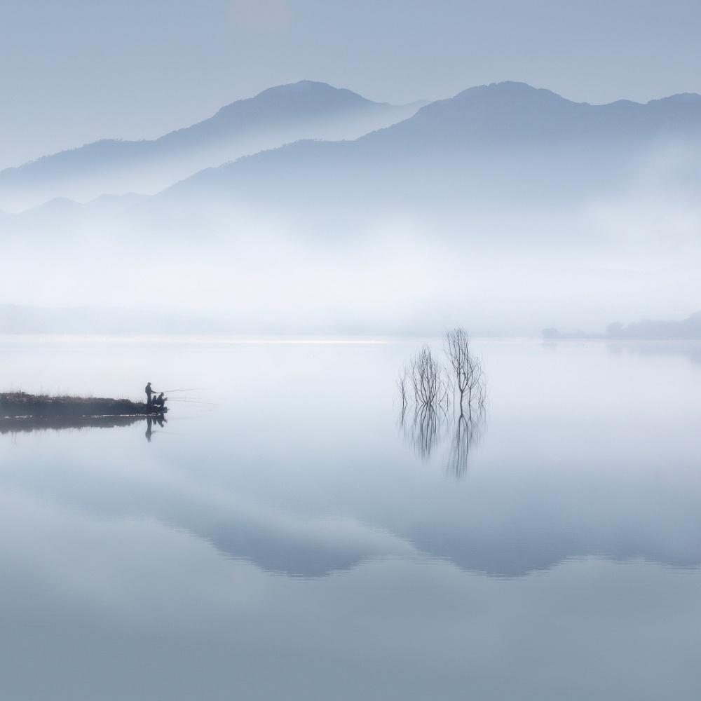 A piece of fine art art photography titled Blue Silence by Jose Beut