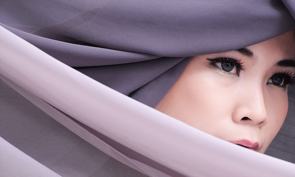 A piece of fine art art photography titled Covered by Akbar Ilham Manangkasi