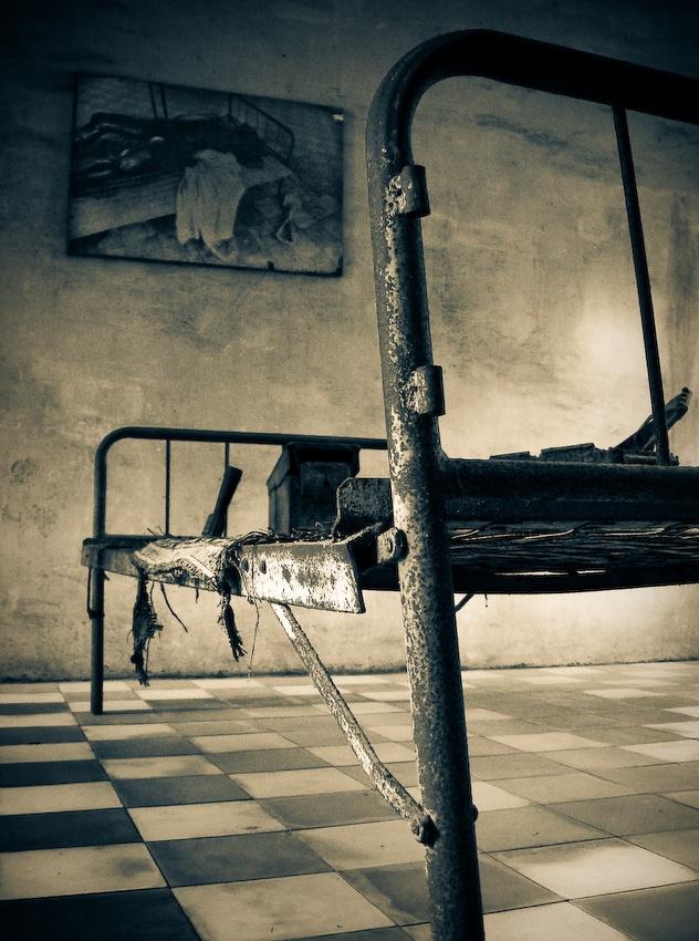 A piece of fine art art photography titled S-21 by Ulrik Hasemann